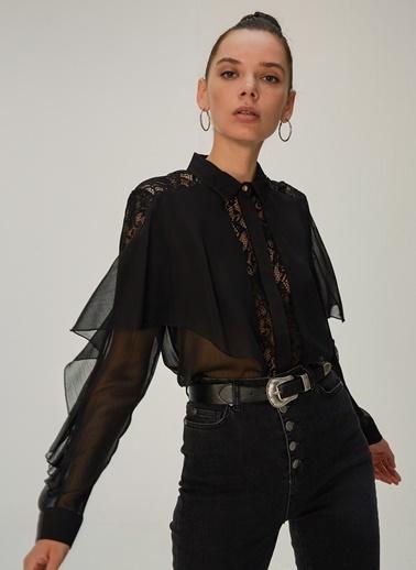 NGSTYLE Volanlı Dantel Detaylı Gömlek Siyah